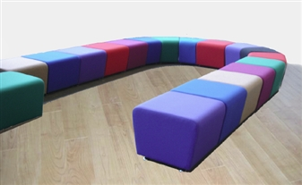 SINUOUS Vinyl Reception Seating thumbnail