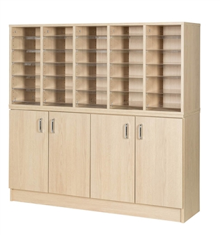 30 Space With Cupboard
